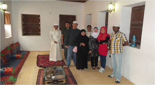 Visiting Al Ain Museum and Sheikh Zayed Palace, new Muslims on Trip to Explore the UAE History